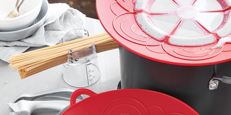 Pasta portioner and other kitchen tools.